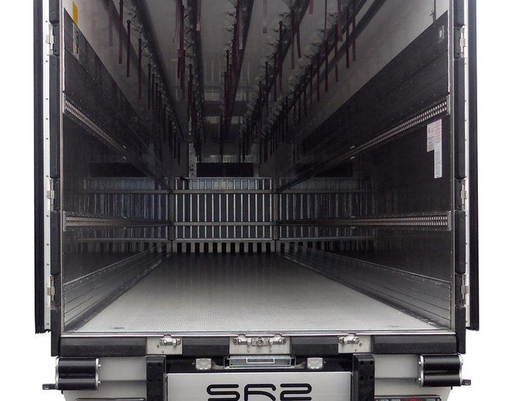 LAMBERET SR2-SUPERBEEF<br /><span class='project-subtitle'>полуремарке за транспорт на трупно месо</span>
